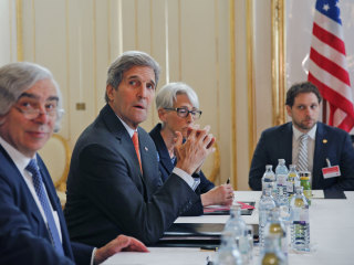 Kerry: Iran Negotiators Making Progress on Nuclear Deal
