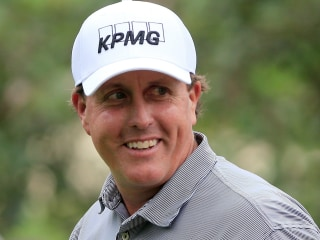 Golfer Phil Mickelson Is Gambling Client in Money Laundering Case, Sources Say