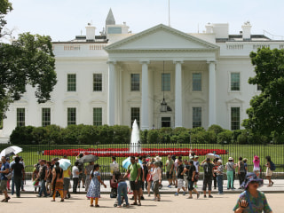 Snap! White House Lifts Ban on Photos, Social Media During Tours