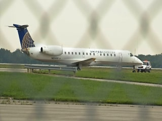 United Flight Diverted to Columbus, Ohio, After Passenger Makes Threats