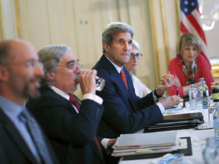 Tentative Agreement on Sanctions Reached in Iran Nuclear Talks