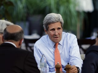 Iran Nuclear Talks: Kerry, Zarif Locked in Meetings as Deadline Looms