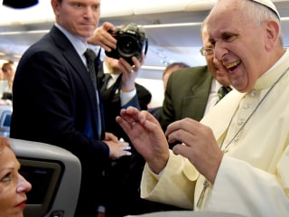 Pope Francis Drinks Tea Made From Coca Leaves on Bolivia Visit