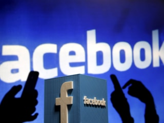 Facebook Revenue Jumps 39 Percent as Mobile Ad Sales Rise