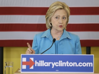 While Revealing Climate Plan, Clinton Mum on Keystone