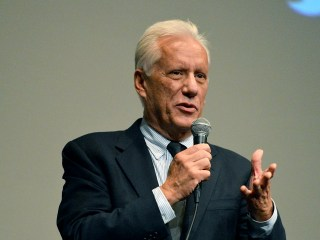 James Woods Sues Anonymous Twitter User for $10M, Alleging Defamation
