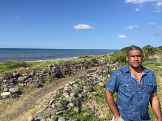 MH370 Search: Reunion Islanders Flock to 'Special' Beach After Debris Find