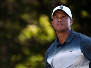 Tiger Falls Off Pace at Quicken Loans With 3-Over Round 3