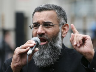 Anjem Choudary, Radical Cleric, Charged With Supporting ISIS: Scotland Yard