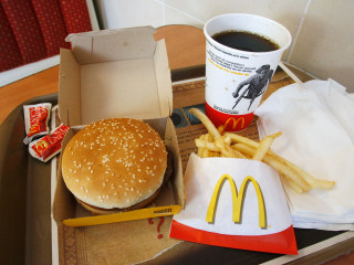 Burger Boost: McDonald's Quietly Changes Size of the Quarter Pounder