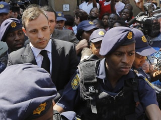 Oscar Pistorius Set for 'Mansion Arrest' at Uncle's Home