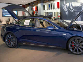 Tesla's Model S P85D Gets Consumer Reports' Highest Rating Ever