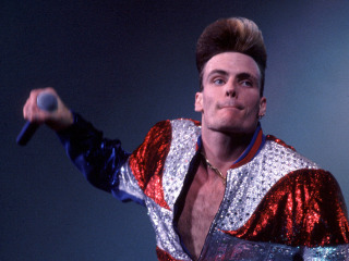 Revisit Vanilla Ice's Unforgettable '90s Looks