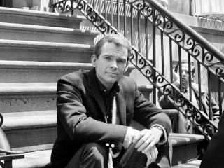 Dean Jones, 'The Love Bug' Star, Dies at 84