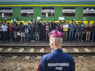 Refugee Train Standoff Enters Day Two, Europe Faces 'Defining Moment'