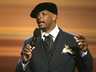 Comedian Wayans Defends 'Unrapeable' Comment on Cosby's Accusers