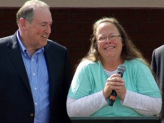 Kim Davis to Attend State of the Union Address, Attorney Says