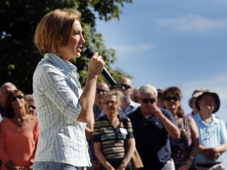 Carly Fiorina Feeling the Momentum — And the Pressure