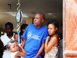 Families Receive Aid in Haiti