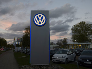 VW Trims Work, Imposes Limited Hiring Freeze as Scandal Costs Loom