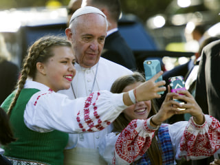 Pope Makes a Splash in America — and on Social Media