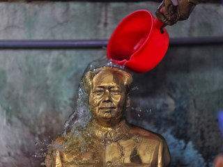 Mao Zedong Gets Hero Treatment in Home Village of Shaoshan