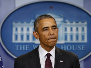 Obama Weighs White House Moves on Gun Control