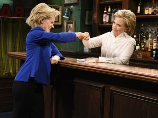 How 'SNL' Makes Kate McKinnon Into Hillary Clinton