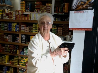 Oregon Shooting: Pistol-Packing Grandma Shows Softer Side of Guns