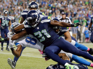 Controversial Missed Call Helps Seahawks beat Lions on MNF