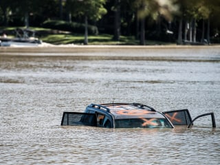 South Carolina Floods Still Threaten Coastal Towns