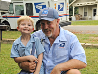 Everyday Hero: Mailman Gets Help on the Job From Little Boy