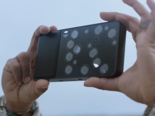 For a Better Photo, Light's L16 Combines 16 Cameras Into One