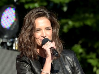 Got Curls? Katie Holmes' Stylist on How to Avoid 'Triangle Hair'
