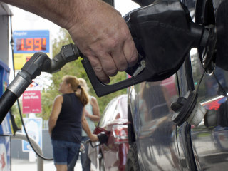 Gas Drops Below $1.50 in Some Areas, and We Haven't Hit Bottom Yet