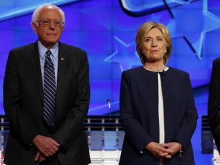 Clinton And Sanders Campaigns Spar Over Newspaper Interview