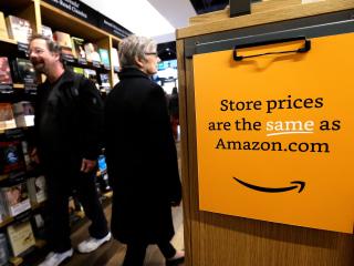 Amazon Goes Offline With AmazonFresh Pickup and Bookstores