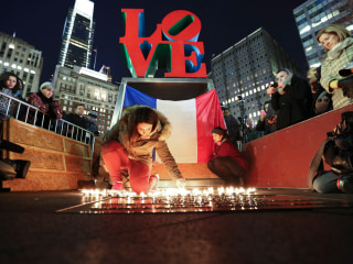 People Around the Globe Show Their Solidarity With Paris