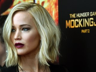 'The Hunger Games: Mockingjay — Part 2' Tops 'Good Dinosaur,' 'Creed' at Box Office