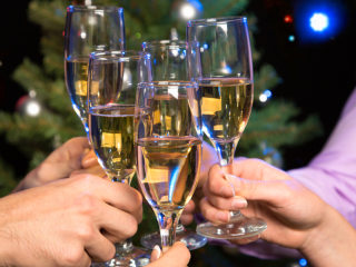 Keep holiday drinking in check with these tips from Dr. Oz