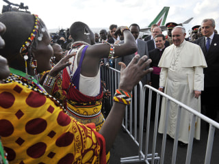 Pope Francis Lands in Kenya on First Stop of Africa Tour