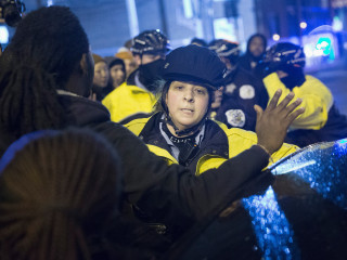 Chicago Protesters Plan Black Friday March Over Laquan McDonald Death