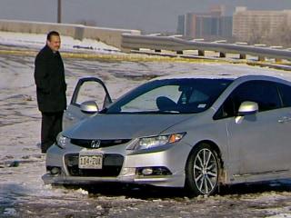 Colorado Cop Helps Stranded Driver, Is 'Viciously' Attacked