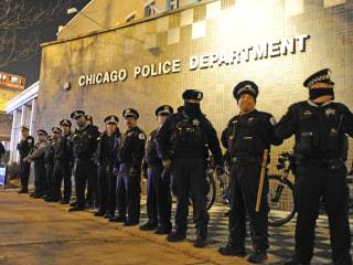 Illinois Attorney General Asks for DOJ to Investigate Chicago Police