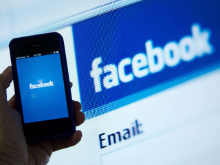 Facebook Dominates Nielsen List of 2015's Most Popular Apps