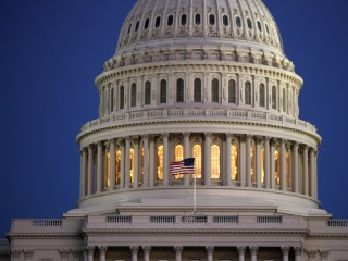 Congress Gives Final OK to Trade Bill