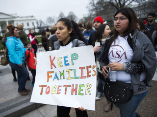 Supreme Court Weighs Taking Up Obama Appeal on Immigration Plan