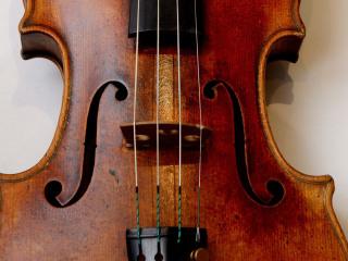 American Leaves $2.6M Stradivarius Violin on Train in Germany