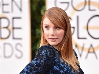 This Actress Bought Her Own Golden Globes Dress