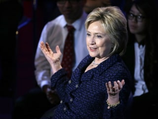 Hillary Clinton Calls for End to Immigration Raids
